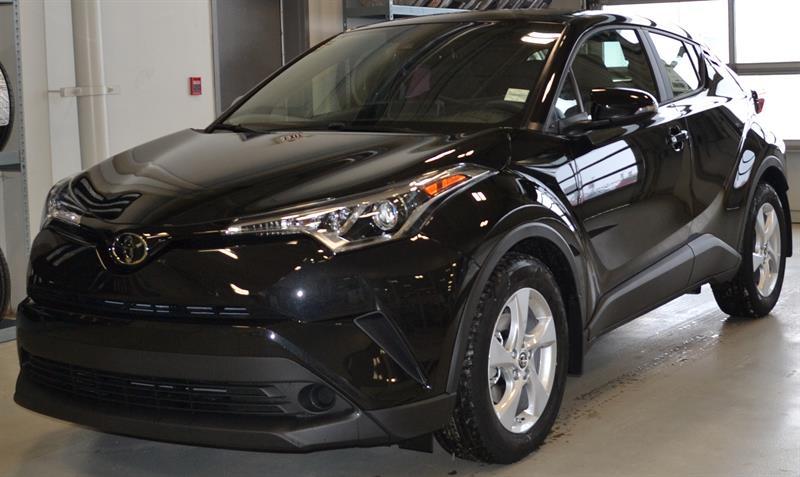 2019 Toyota C-HR FWD XLE #KH0255