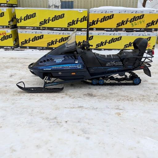 Ski-Doo Grand Touring 1997 700 SE #32672STP