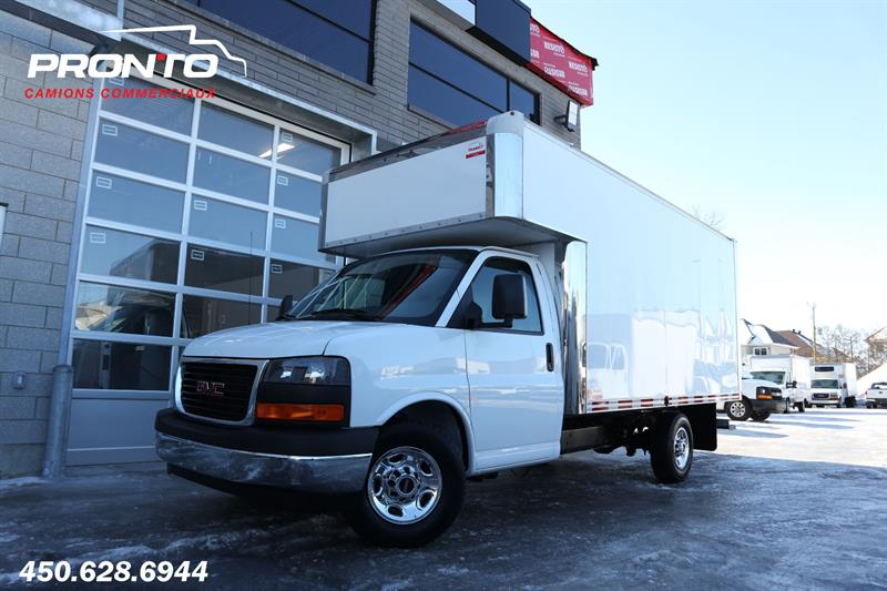 GMC Savana Commercial Cutaway 2018 3500  Cube 14 pieds deck ** Comme neuf! ** #1771