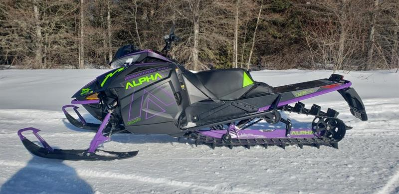 Arctic Cat M 8000 MOUNTAIN CAT ALPHA ONE 154 2019 demo