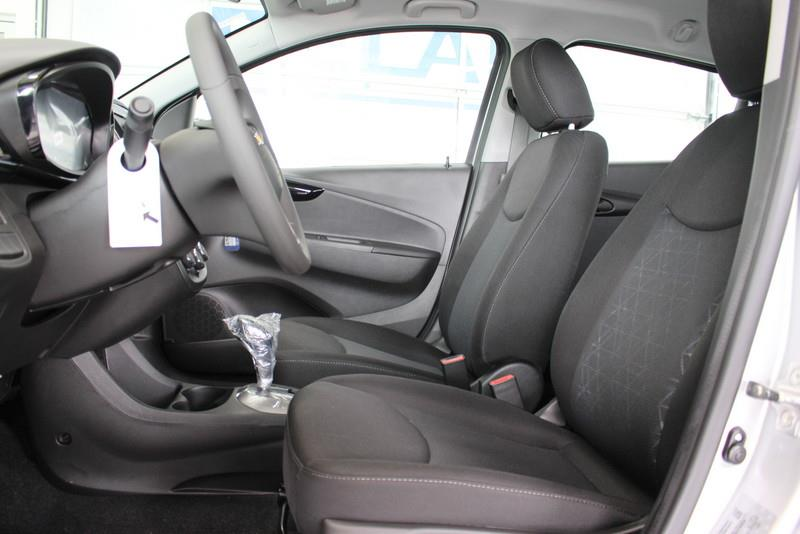 Chevrolet Spark 5