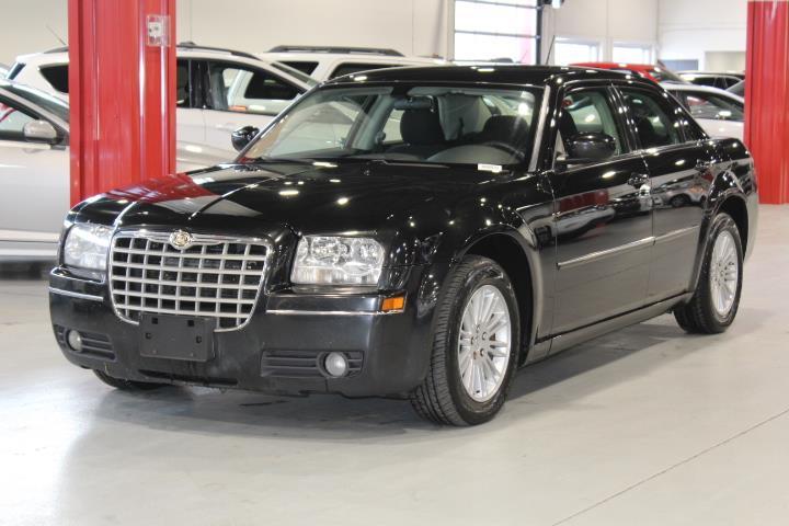 Chrysler 300 2008 TOURING 4D Sedan #0000001315