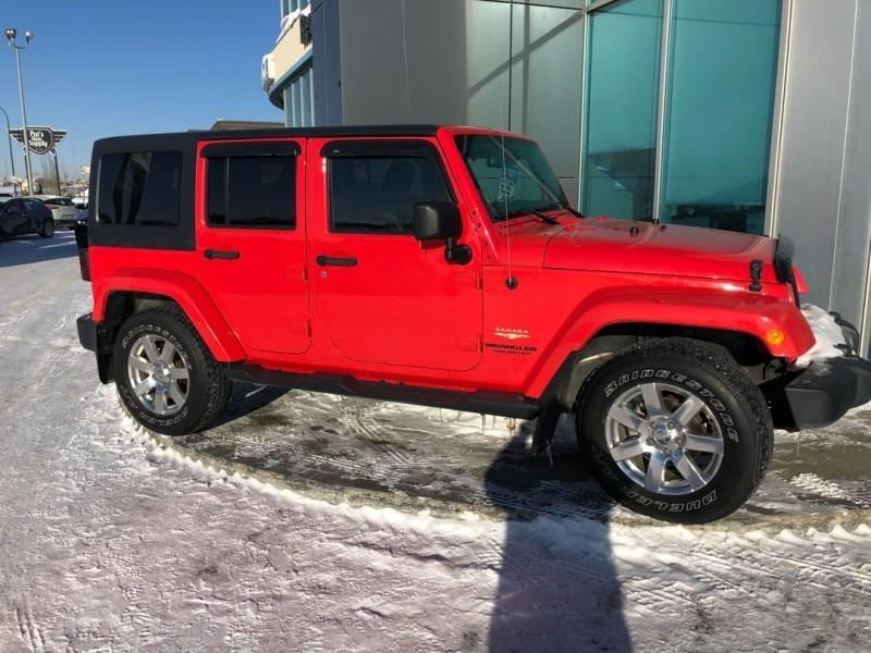 2013 Jeep Wrangler Unlimited Sahara #K679391