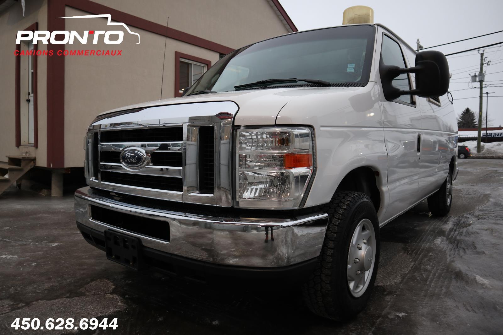 Ford Econoline Cargo Van 2009 E-150 ** Voir équipement ** #1773