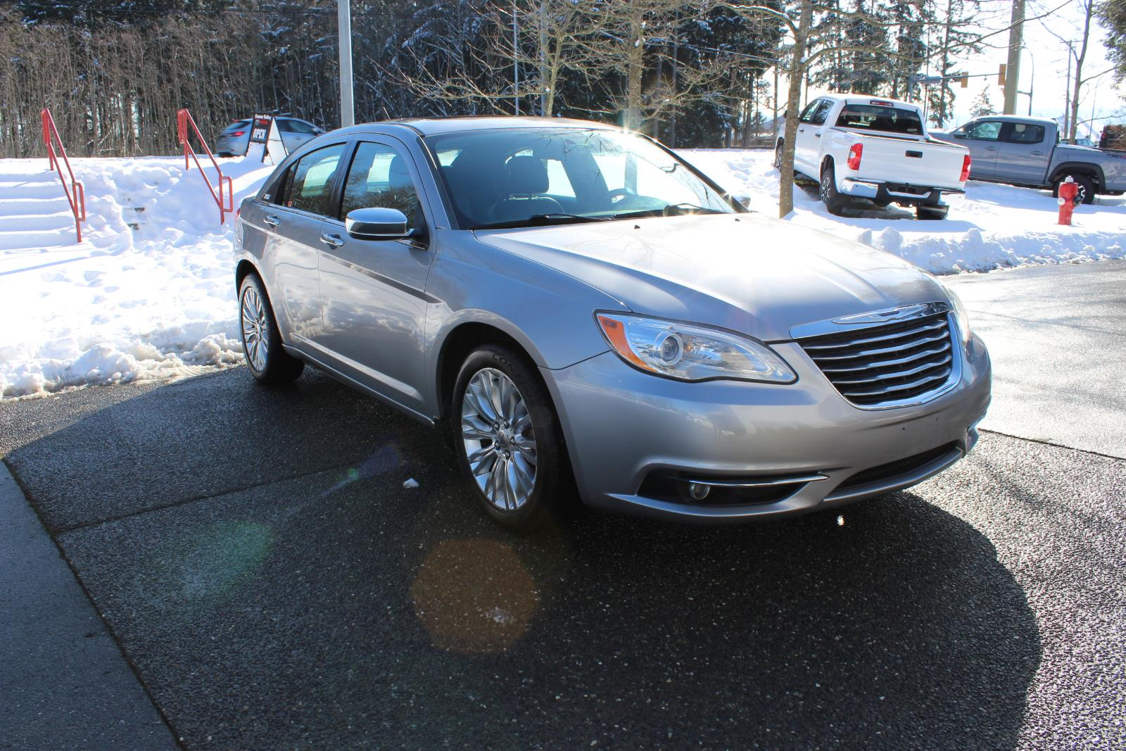 2014 Chrysler 200 4dr Sdn Limited #12356A