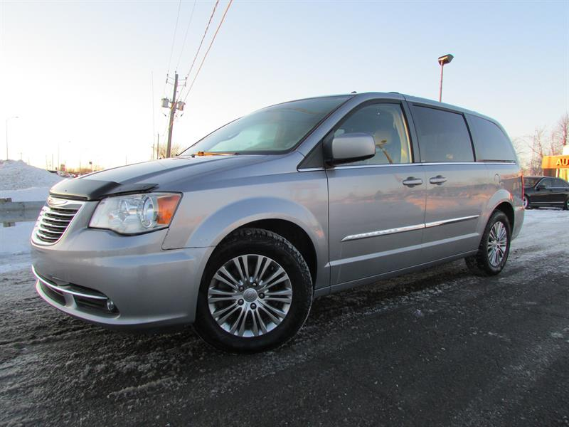 2013 Chrysler Town & Country Touring-L V6 3.6L A/C  7 PASS BLUETOOTH !!! #4239