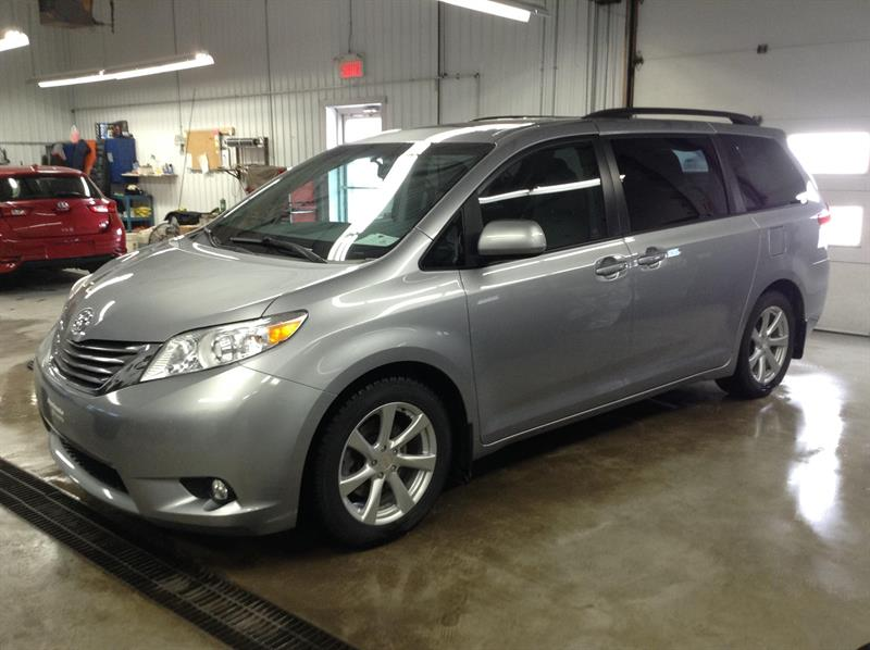 Toyota Sienna 2012 XLE FWD V6 7 passagers #90330-1