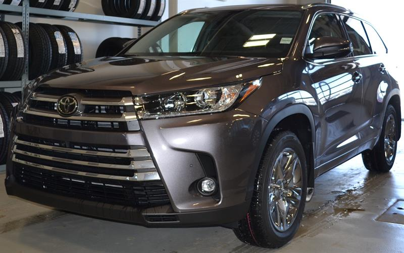 2019 Toyota Highlander AWD Limited #DZ6768