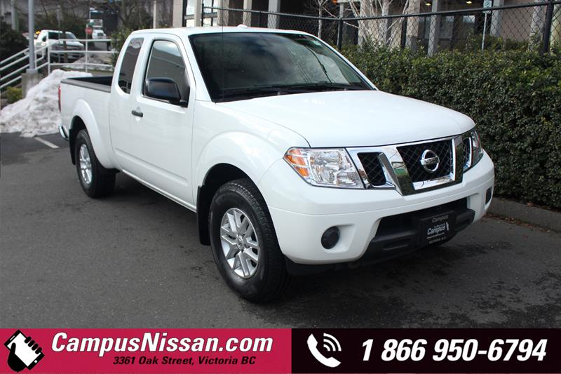 2014 Nissan Frontier | SV | 4WD w/ Remote Entry #8-T814A