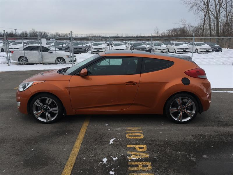 2013 Hyundai Veloster w/Tech  Loaded with options!! #19026
