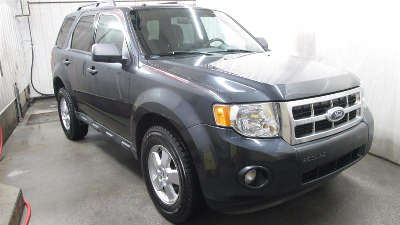 Ford Escape 2009 4WD XLT #9-0304