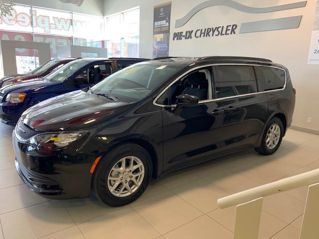 Chrysler Pacifica 2017 4dr Wgn LX #C17735