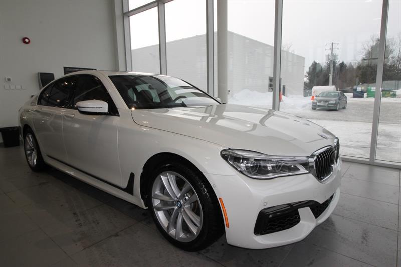 BMW 7 Series 2019 750i xDrive Sedan #19-015