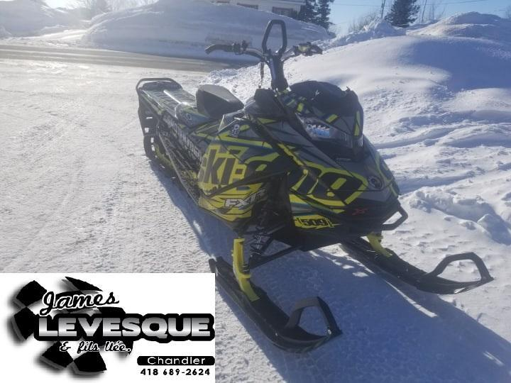 Ski-Doo Summit X 2017