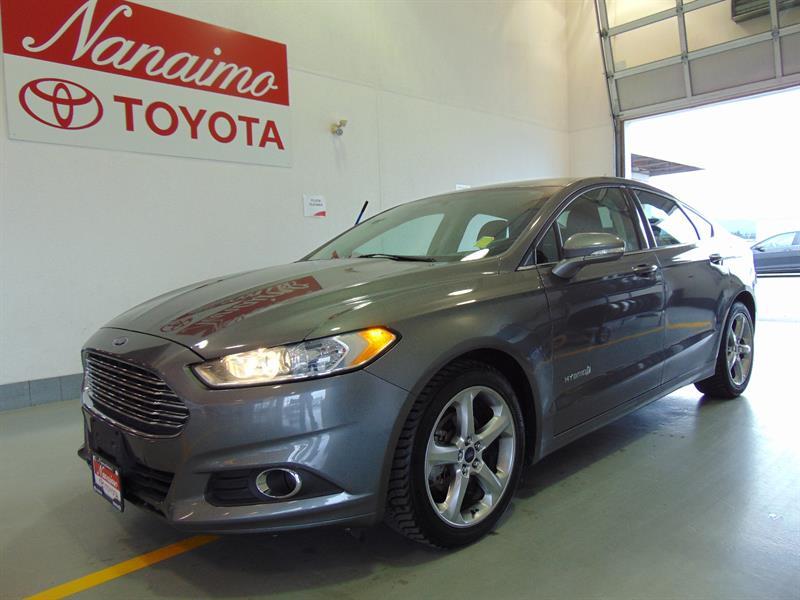 2014 Ford Fusion Hybrid SE  #20659A