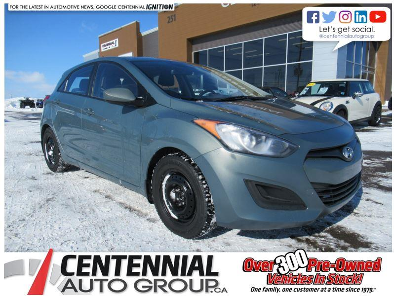 2013 Hyundai Elantra Gt GL Hatchback | Heated Seats! #U697
