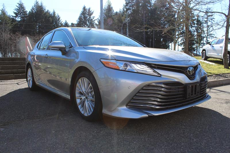 2018 Toyota Camry XLE #11849