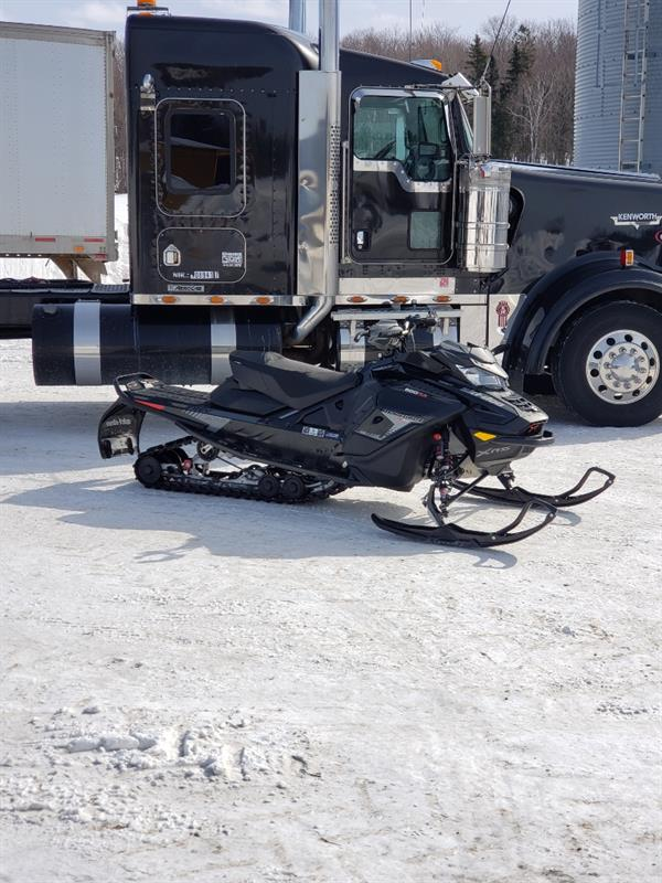Ski-Doo RENEGADE XRS 900 TURBO 2019