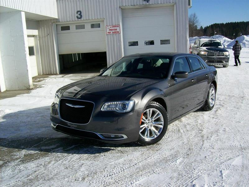 Chrysler 300 2015 Touring #F0739A