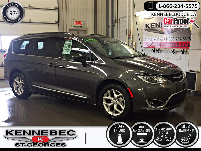 Chrysler Pacifica 2018 Touring-L Plus 2WD #05016