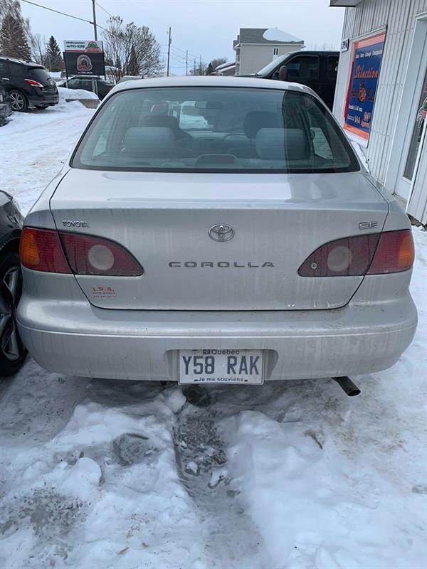 Toyota Corolla 2001 4dr Sdn