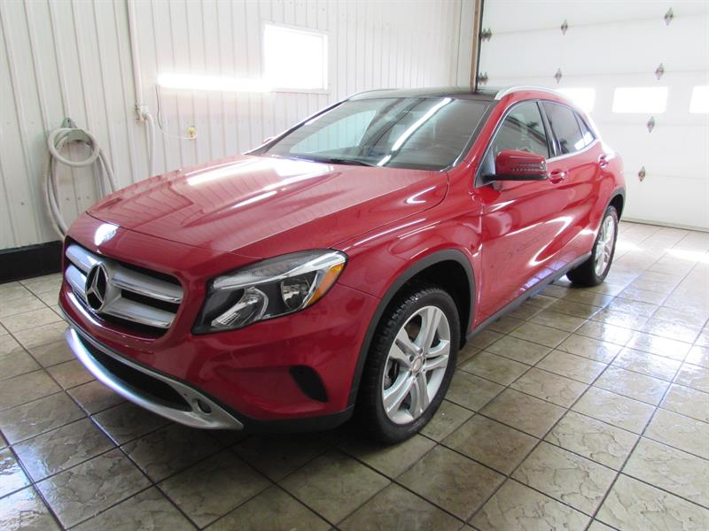 Mercedes-Benz GLA 2017 250 4MATIC  #17-29