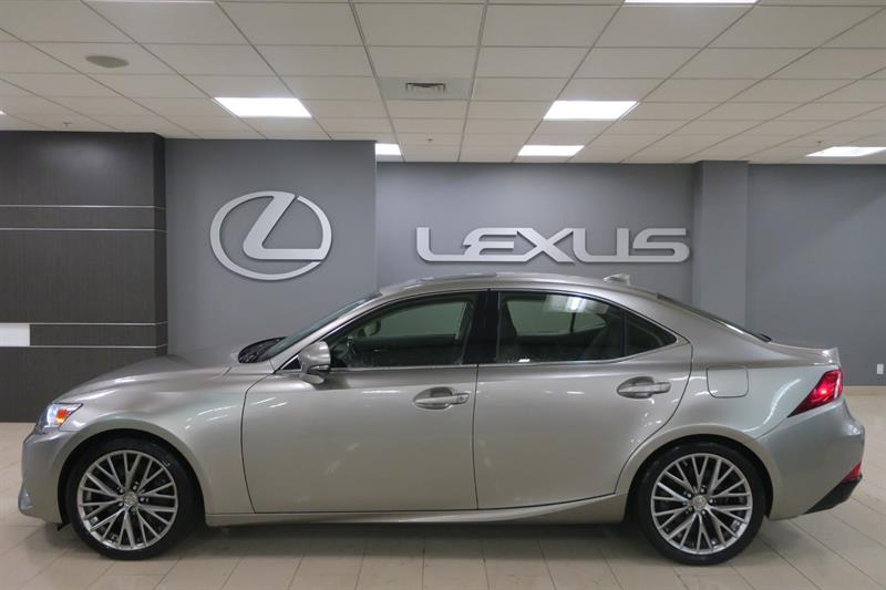 Lexus IS 300 2016 LUXE NAVIGATION #600779