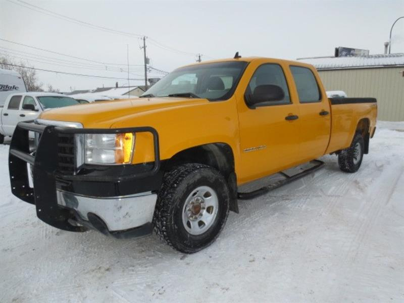 2008 GMC Sierra 3500HD CREW CAB 4X4 - LOW KMS #3954