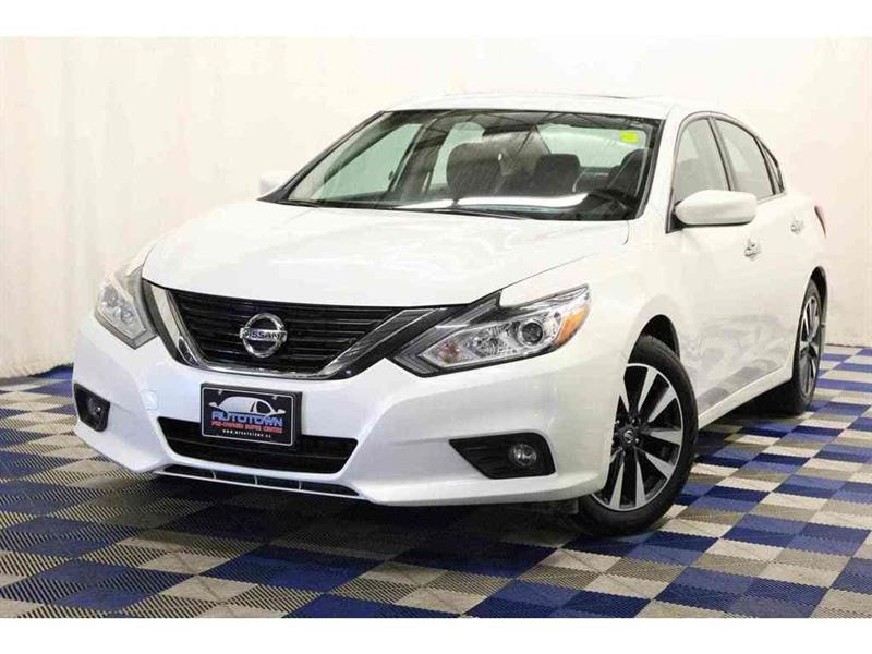 2017 Nissan Altima BLUETOOTH/ ALLOY RIMS #J17NA51054