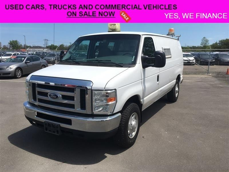 2008 Ford Econoline Factory Installed Generator!! #018092