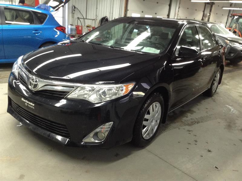 Toyota Camry 2012 XLE #90231-1