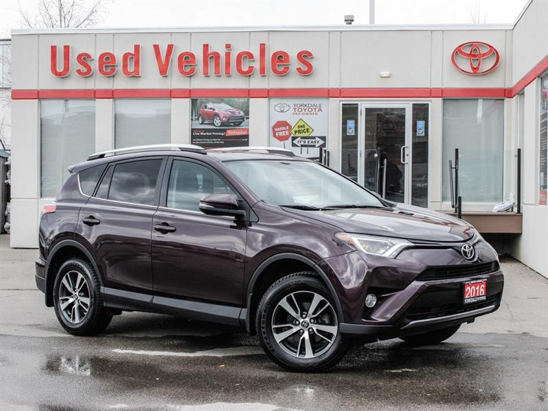 2016 Toyota RAV4 XLE FWD   Sunroof   Alloys   H.Seats   R.Cam #P7914