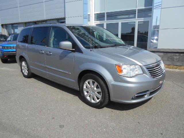Chrysler Town - Country 2013 Touring ***GARANTIE 1 AN GRATUITE*** #123-4486-RD