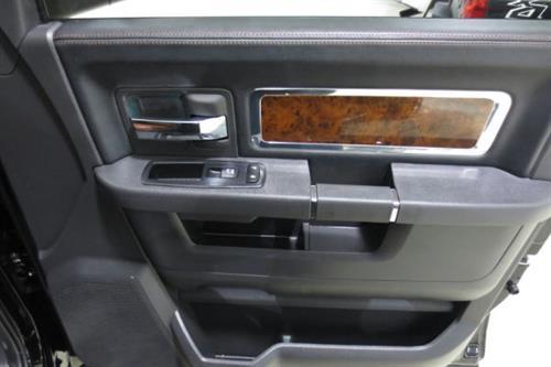 dodge ram 3500 2012 occasion vendre saint eustache chez le roi du camion. Black Bedroom Furniture Sets. Home Design Ideas