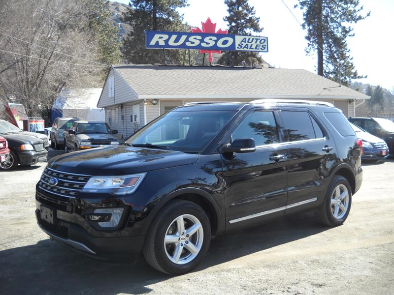 2017 Ford Explorer XLT 7 PASS 4X4