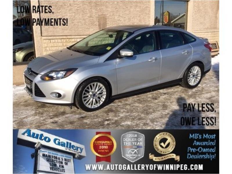 2014 Ford FOCUS Titanium *Htd Lthr/Sunroof/Navi #23621A