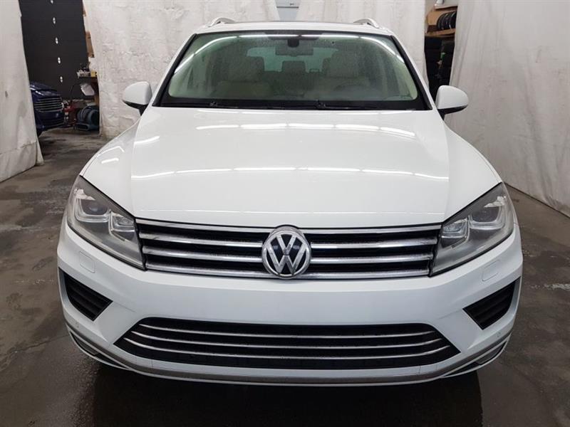Volkswagen Touareg 2015 Comfortline 4Motion Cuir Toit Ouvrant MAGS #SP-I-15TOU1201