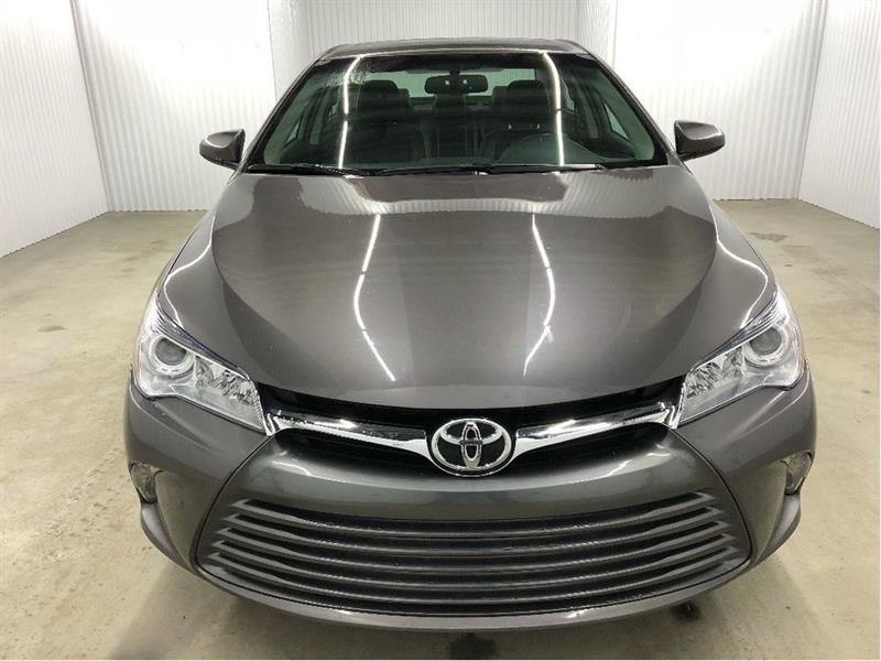 Toyota Camry 2016 XLE GPS Cuir Toit Ouvrant MAGS #16CAM1313