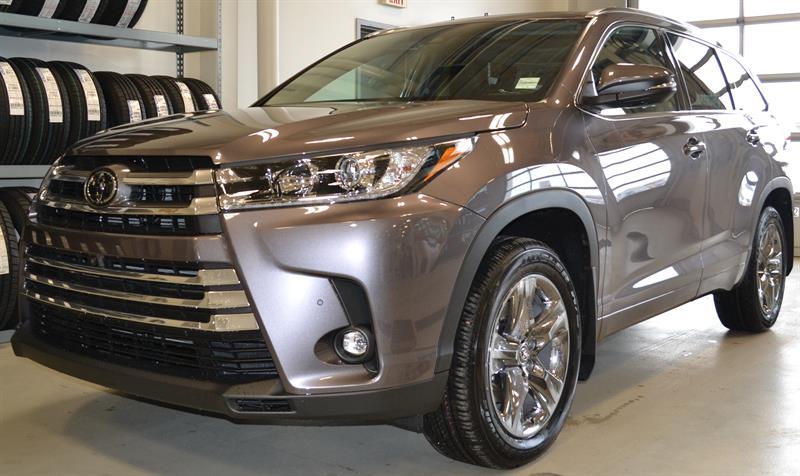 2019 Toyota Highlander AWD Limited #DZ4911