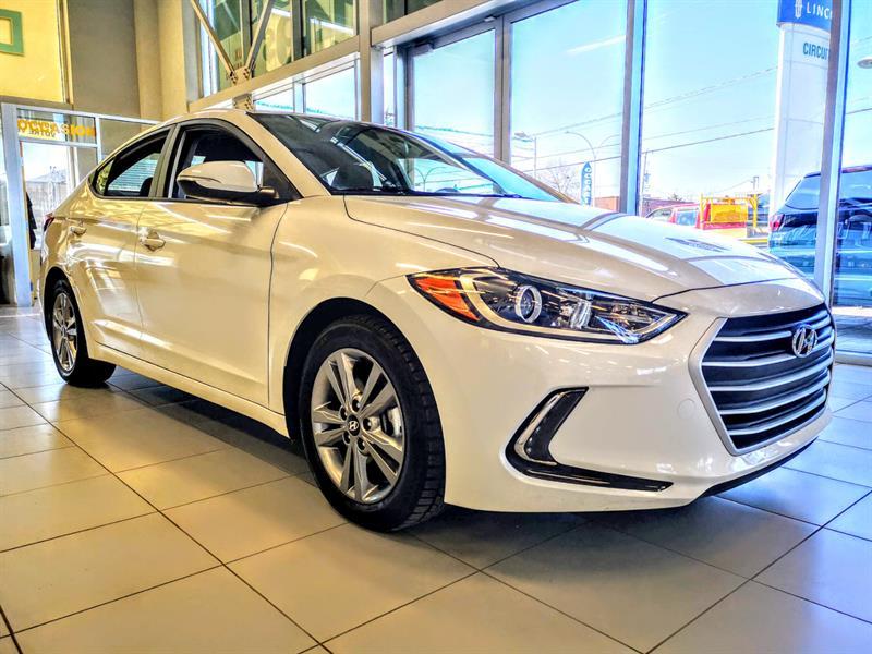 Hyundai Elantra 2018 ** GL ** CAM + CARPLAY #u3711