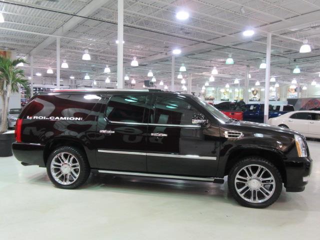 Cadillac escalade esv limousine conversion 2007 occasion for Escalade interieur quebec