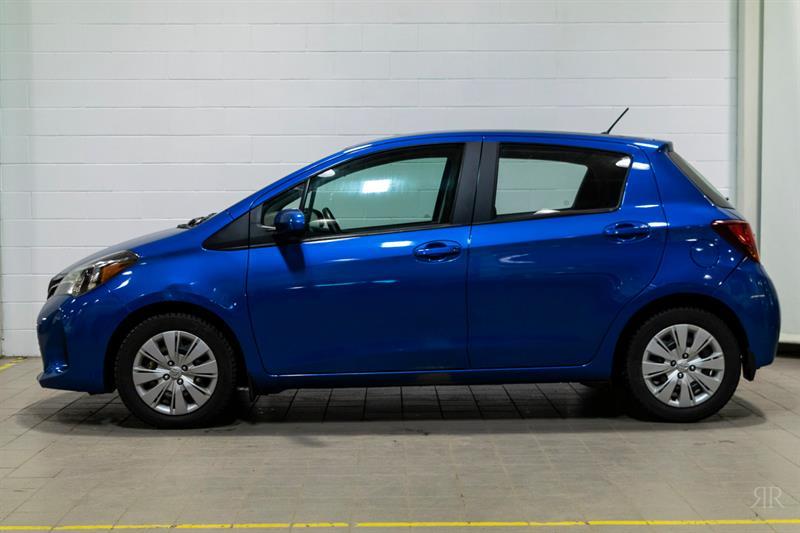 Toyota Yaris 2015 * LE * #84758A
