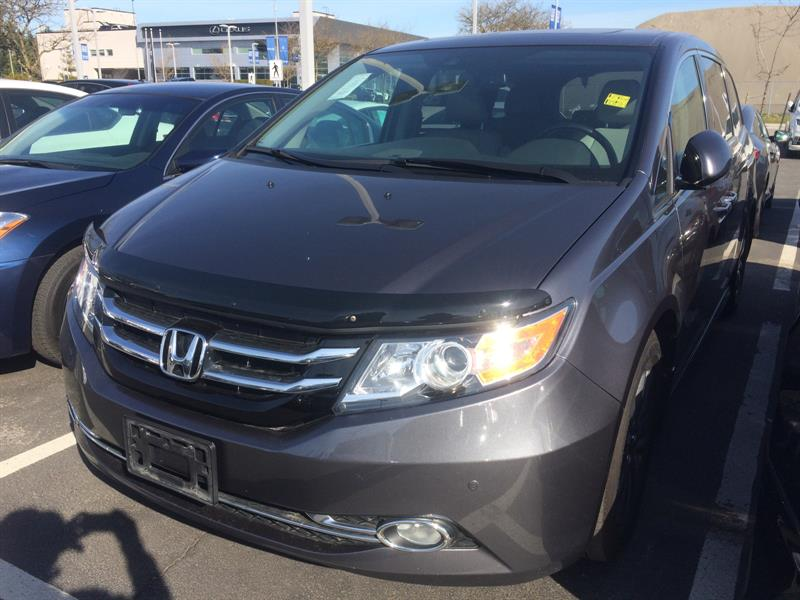 2017 Honda Odyssey Touring. Honda Certified Extended Warranty to 160, #B12416