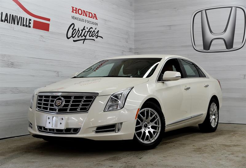 Cadillac XTS 2013 LUXURY AWD #190603a