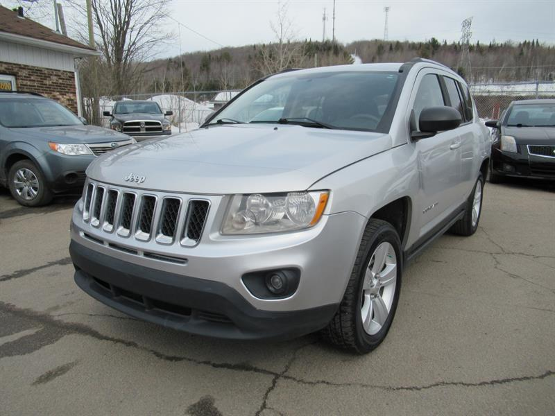 Jeep Compass 2011 North 4WD  #19-095