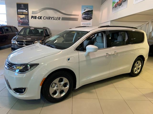 Chrysler Pacifica Hybrid 2018 Touring Plus 2WD #C18540