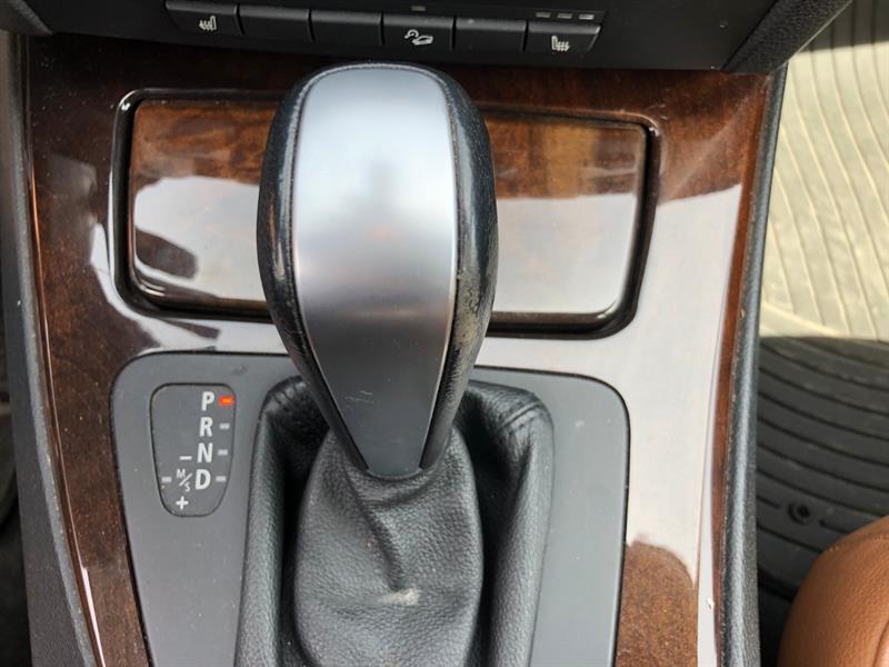 BMW 3 Series Sedan 11