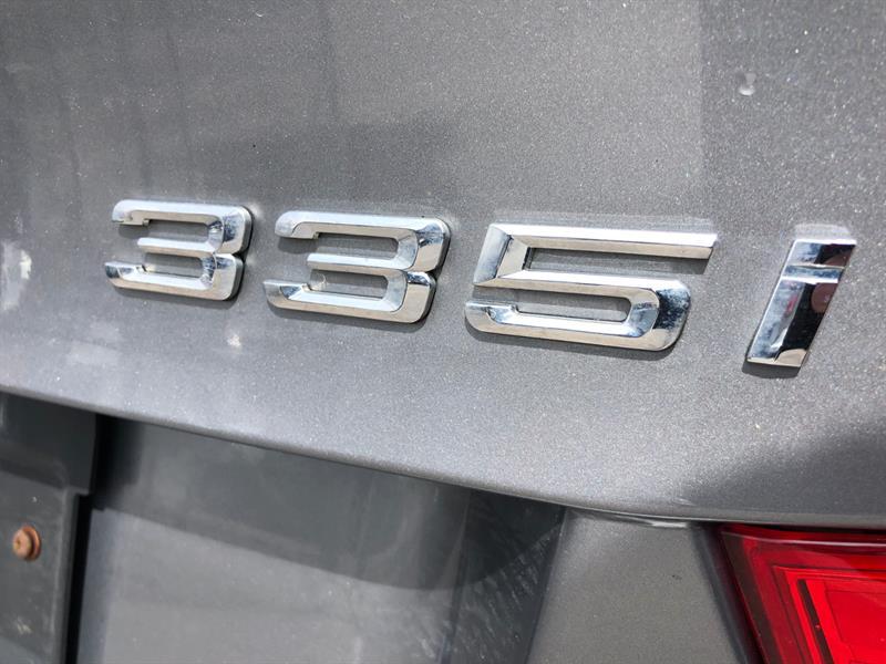 BMW 3 Series Sedan 14