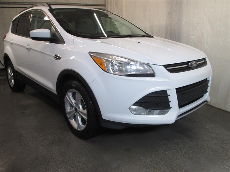 Ford Escape 2016 SE 4WD #9-0402
