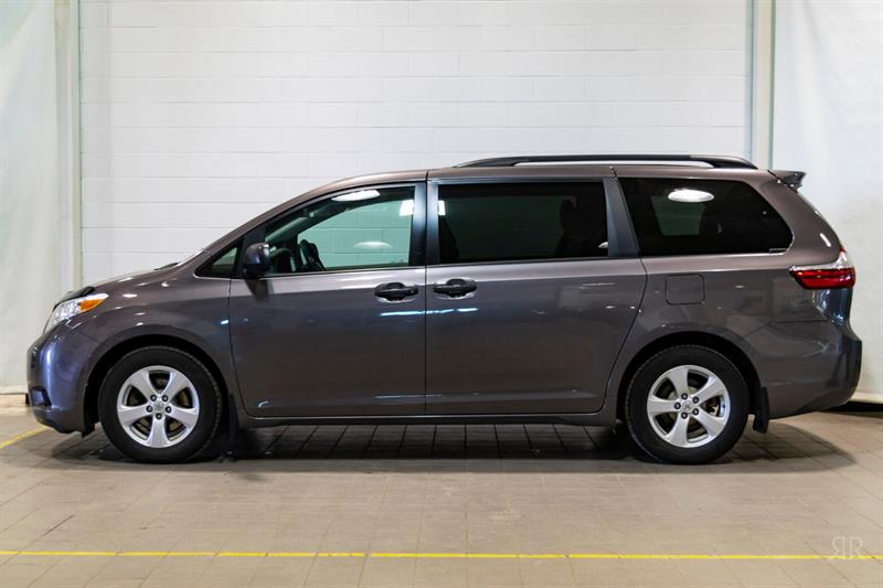Toyota Sienna 2015 * 7 PASSAGERS * #85195A